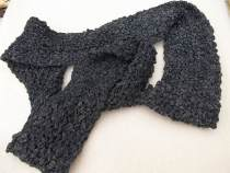 """the black and white """"Japanese"""" scarf"""