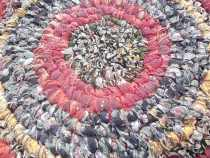 A closeup of the rag rug...I haven't trimmed off the little threads yet.